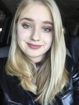 Emily Headshot